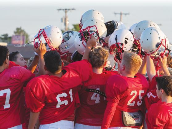 Comets' Football to Return After Hiatus