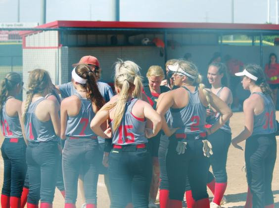 Lady Comets' Varsity Fast-Pitch Continues Summer League Play